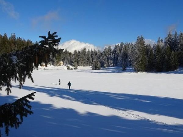 Week end sur les cr tes enneig es du vercors hiver - Office du tourisme correncon en vercors ...
